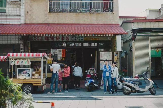 「舊來發餅鋪」台南百年老餅鋪,位於米街最北端
